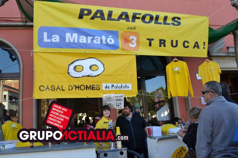Grupo Actialia y Casal d'Homes de Palafolls con La Marató 2014
